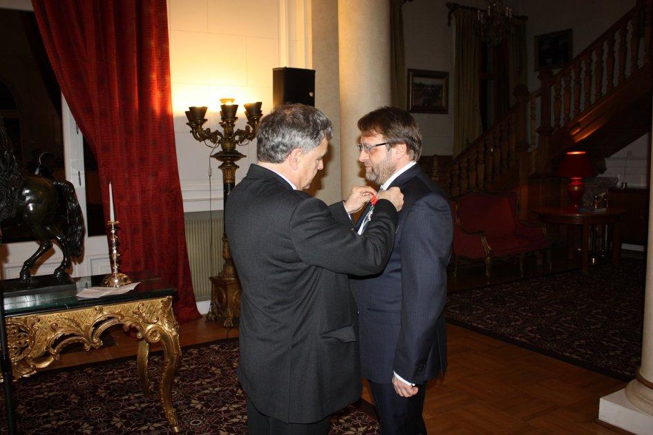 Profesorul Florin Țurcanu a primit distincția de Cavaler al Legiunii de Onoare