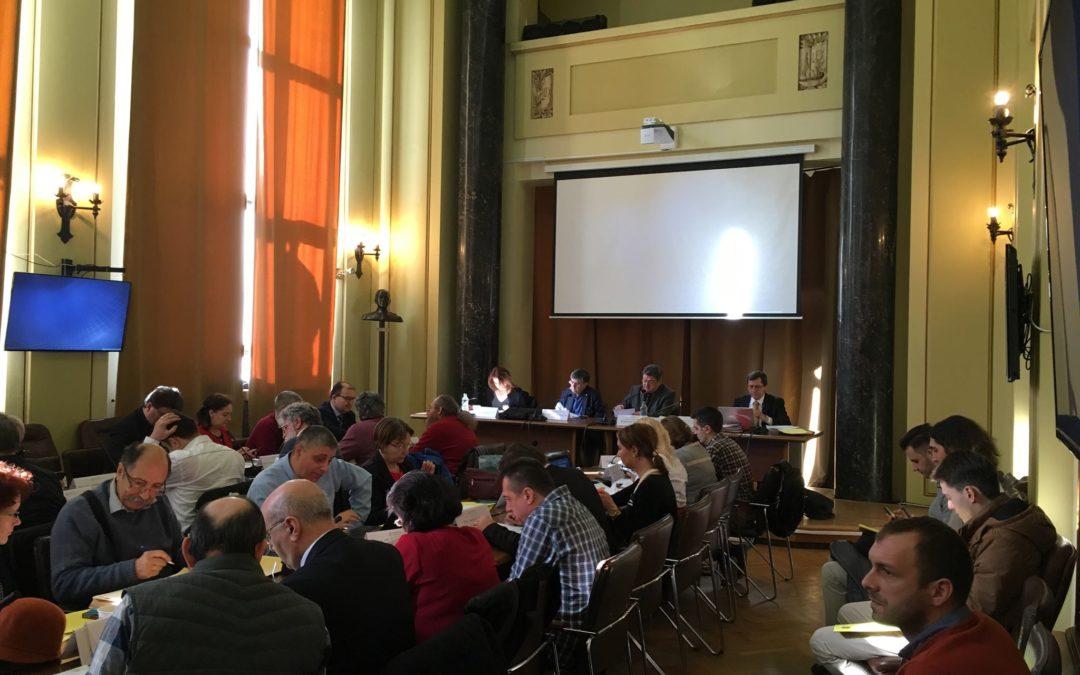 Senatul Universității din București a decis creșterea mediei de admitere la studiile de masterat, de la 5 (cinci) la 6 (șase)