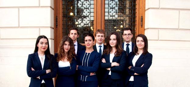 Universitatea din București a obținut locul III la concursul Willem Vis de la Hong Kong, cel mai prestigios concurs de drept privat din lume