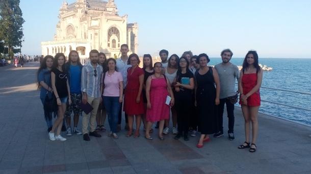 Prima tabără de conținut jurnalistic la Constanța, în parteneriat cu Facultatea de Jurnalism şi Ştiinţele Comunicării a Universității din București