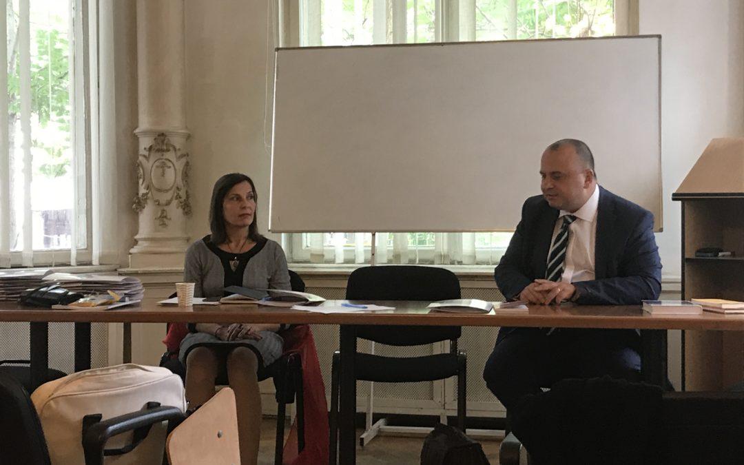 """Şcoala de Vară """"Approches novatrices dans la théorie et la méthodologie des sciences politiques"""""""