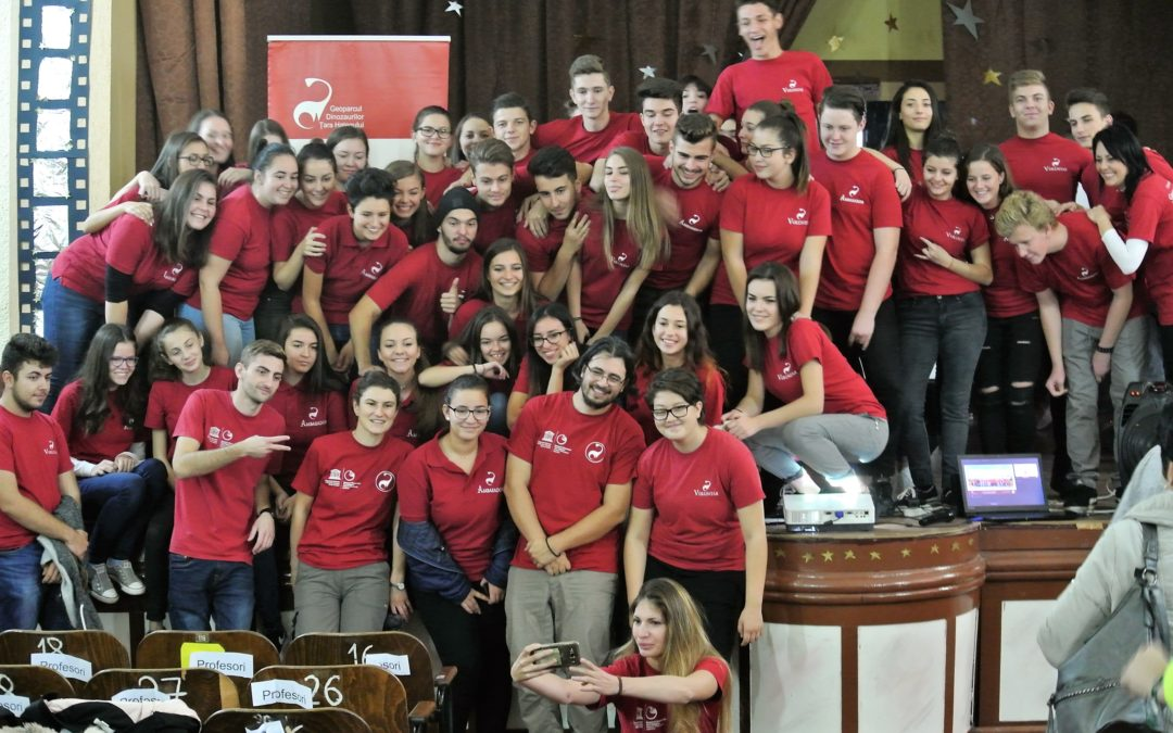 Ambasadorii și voluntarii pentru Geoparc și-au prezentat realizările în fața colegilor