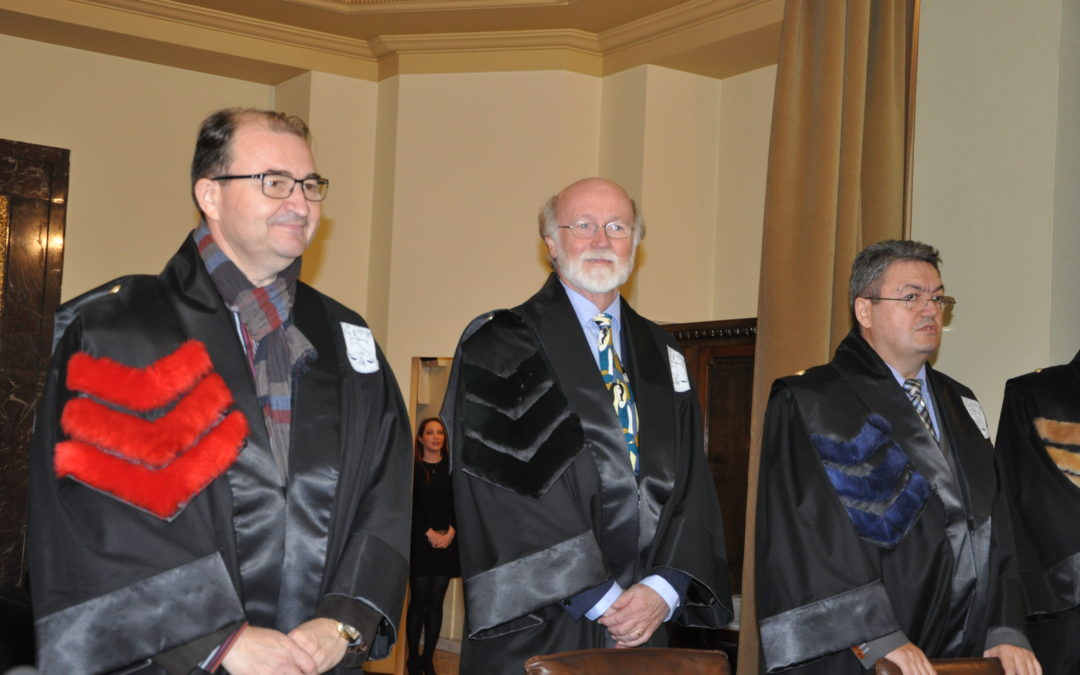Profesorul Peter Dahlgren a primit distincția de Doctor Honoris Causa al Universității din București