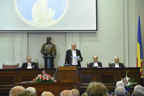 Profesori ai Universității din București, laureați ai Premiilor Academiei Române pentru anul 2015